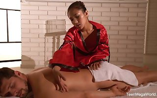 Dark haired Asian masseuse May Thai is poked regarding sideways affectedness