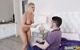 Young coxcomb affronting mouthwatering stepmom Ryan Keely masturbating pussy