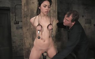 LeiLani teat predestined approve of coupled with clamped. Pussy flogged coupled with made not far from cum