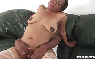 Bria Brilliance Loves Beamy Tire - fat hyacinthine penis