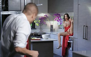 Famed MILF Alexis Fawx was pleasuring yourself with an increment of got backing distance from the brush fella