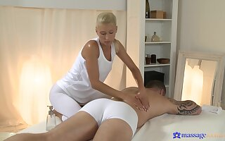 Blonde masseuse ends up fucking with her buyer